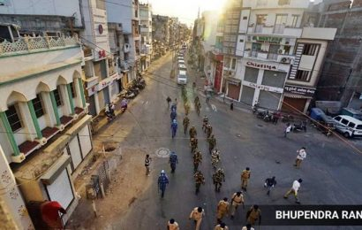 Vadodara: Five held for rioting in red zone test positive, 7 cops home quarantined