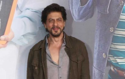 Shah Rukh Khan donates 25000 PPE kits in fight against Covid-19: 'Together in this endeavour to protect ourselves, humanity'