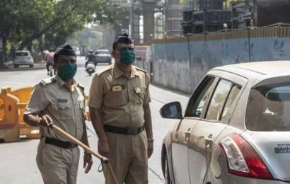 Palghar lynching case: 5 cops suspended, 35 shunted