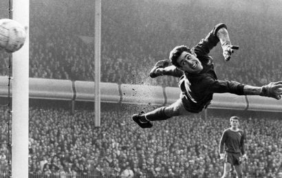 Peter Bonetti, Chelsea's World Cup-winning legend, dies aged 78