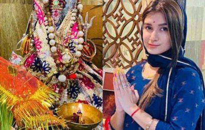 दुर्गाष्टमी की पूजा के लिए Bigg Boss 13 फेम शेफाली बग्गा ने घर पर अपने हाथों से बनाया प्रसाद, देखें Photos