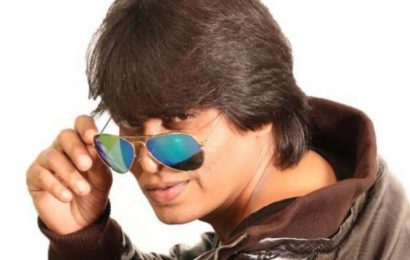 Shah Rukh Khan's time away from movies brings lookalike Raju's life to a standstill