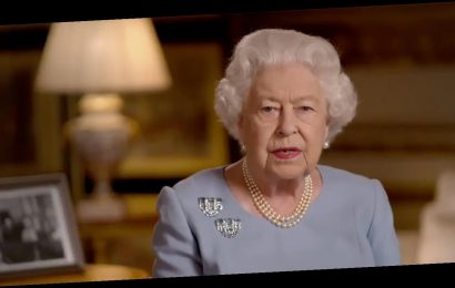 Queen Elizabeth Reminds to 'Never Give Up, Never Despair' on 75th Anniversary of End of WWII