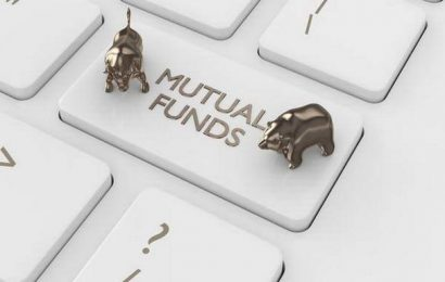 Why has the Reserve Bank of India opened a liquidity window for mutual funds?