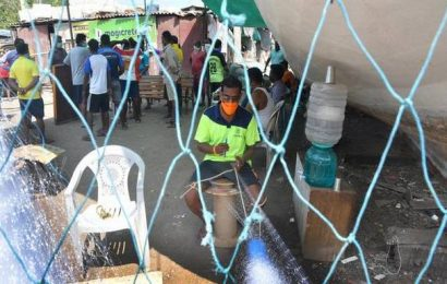 COVID-19 pandemic takes the wind out of fisherfolk's sails