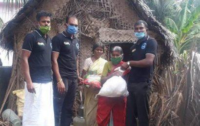 Army soldiers on leave render help in Kanyakumari