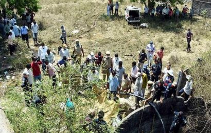 Nine bodies recovered from well in Warangal
