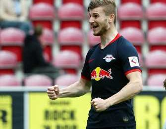 PIX: Werner 'tricks' Leipzig to victory; Schalke crisis deepens