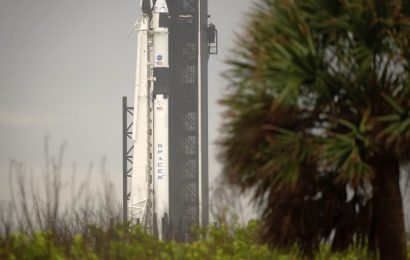 Historic SpaceX launch postponed due to stormy weather
