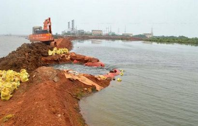 GMR told to stop dredging in Kakinada