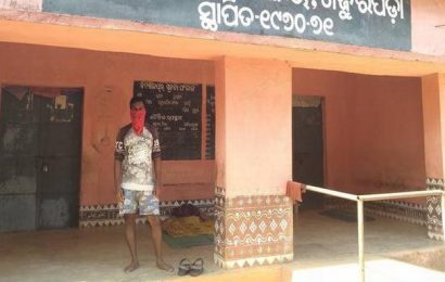 Odisha migrant worker forced to spend time alone after long walk from Mumbai
