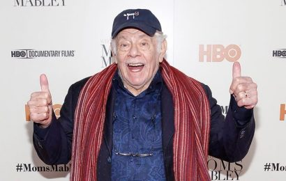 Jerry Stiller, comedian and Seinfeld actor, dies at 92
