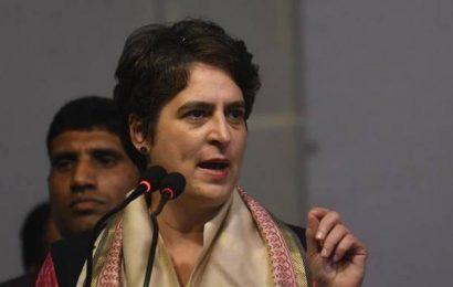 Help Maharashtra govt., don't try to destabilise it, Priyanka tells BJP