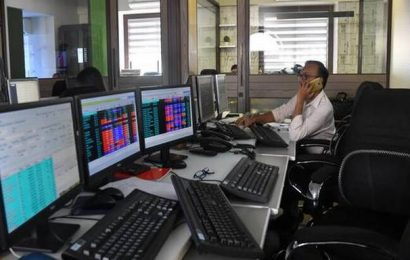 Business Live: Shares slide after initial stimulus fails to excite
