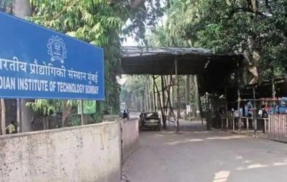 IIT Bombay asks students not to believe rumours about cancellation of exams