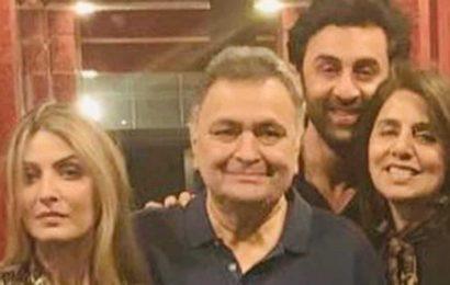 Rishi Kapoor's daughter Riddhima Kapoor Sahni reaches Mumbai to be with mom Neetu Kapoor, brother Ranbir Kapoor