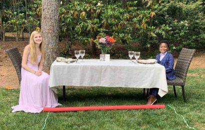 Kid throws best prom ever for his nanny after hers was cancelled
