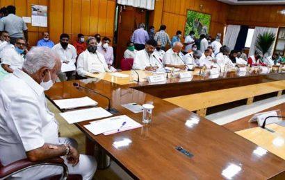 BJP lawmaker blames Tablighis for the spread of Covid-19 in Karnataka
