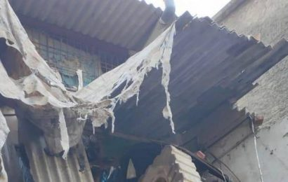 12 rescued so far after portion of chawl collapses in Kandivali, NDRF called in