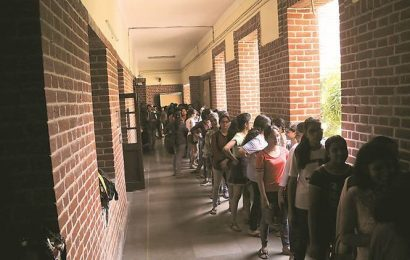 'Poor internet, no study material': Survey finds DU open-book exam is not feasible for many