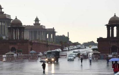 Thunderstorm and rain in Delhi, residents get relief from spell of heat