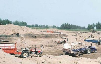 After a lull, illegal sand miners back in business