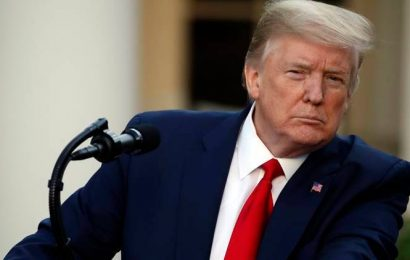 Trump faces virus at White House amid push to 'reopen' US