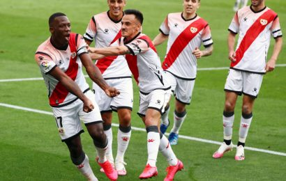 PIX: Bizarre return for Spanish football after COVID-19 hiatus