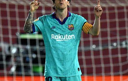 PIX: Messi leads Barcelona to flying return