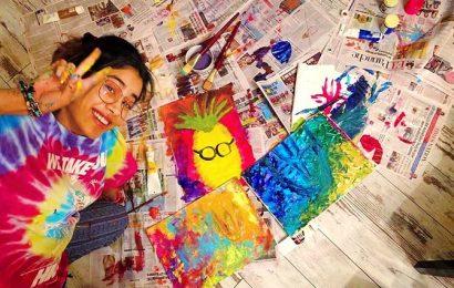 Art attack! What Janhvi, Saif, Tahira are painting