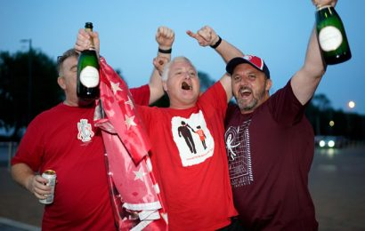 PIX: Liverpool win Premier League title after City lose to Chelsea