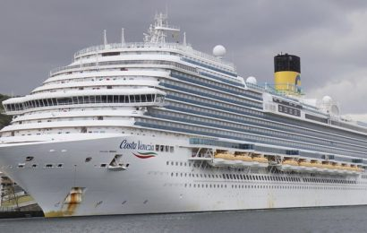 40,000 cruise ship workers still trapped at sea