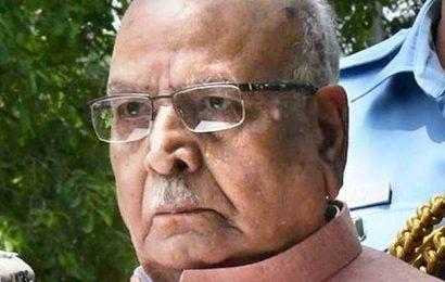 Lalji Tandon still under life support, UP governor pays visit