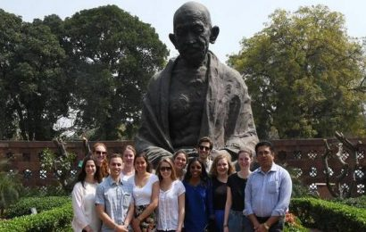 U.S. lawmakers, Trump campaign condemn vandalisation of Gandhi statue