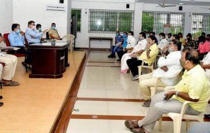 Gandhi Market traders withdraw strike