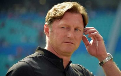 Southampton manager Hasenhuettl signs four-year contract
