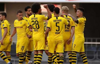Dortmund defends players pictured without masks