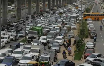 Govt to form rules for movement of vehicles between India and its neighbours