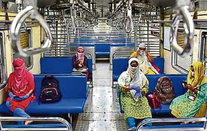 Local trains resume in Mumbai after 84 days