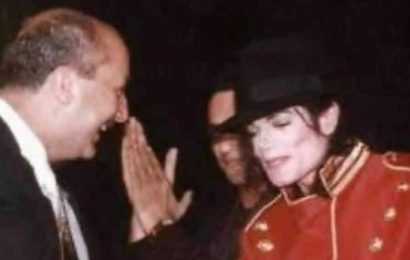 Anupam Kher shares epic memory of how he 'broke the barricade, jumped on the stage' to meet Michael Jackson