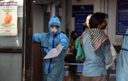 As Covid-19 cases soar in capital, Delhi govt reads riot act to hospitals