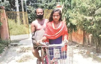 Bihar girl, who cycled 1,200 km with injured father, to play herself in 'Atmanirbhar' movie