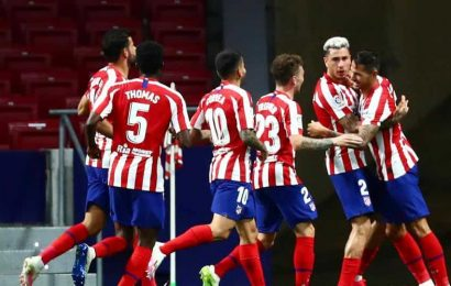 Atlético honors virus victims, beats Valladolid to go 3rd