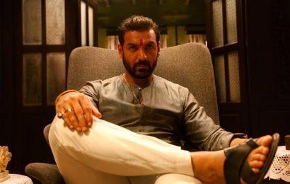 Mumbai Saga to be shot in Mumbai