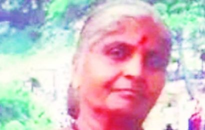 Mumbai: 70-year-old woman, who lived last 6 years in Azad Maidan at her protest site, dies