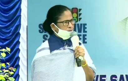 Mamata gives reason why 'no migrant worker left Bengal'. It's a dig at Centre