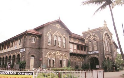 With lectures, study notes and evaluation, Fergusson College goes online this semester