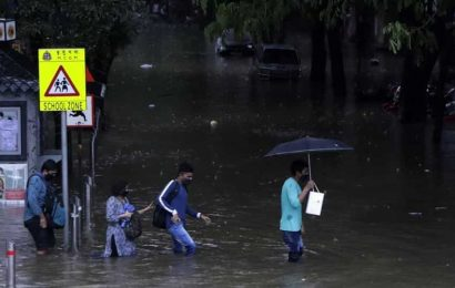 Flooding in parts of north Bengal; yellow weather warning for heavy rain in Himachal