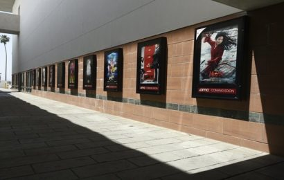 US movie theaters implore studios: Release the blockbusters