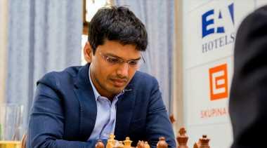 Pentala Harikrishna wins ACCENTUS Chess960 event at Biel Festival
